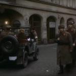 """""""Rok spokojnego Słońca"""", kadr z filmu, ul. Most Pauliński"""